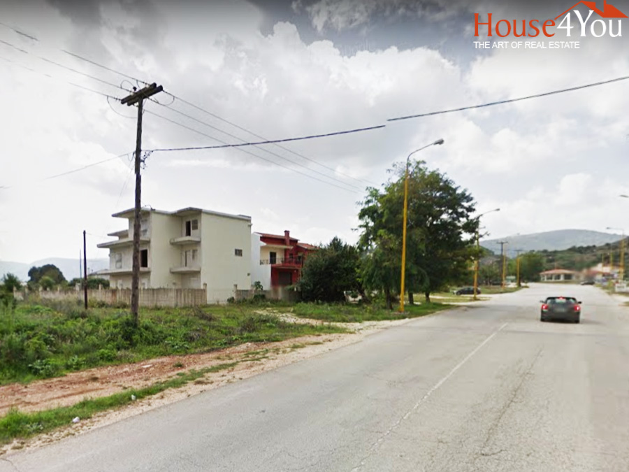 For sale a corner plot of 600 sq.m with SD. 0.5 in Pedini, Ioannina