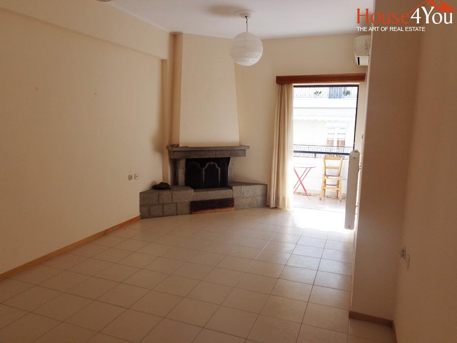 Πωλείται 4αρι διαμέρισμα 101τμ. 2ου ορόφου στους Αμπελόκηπους Ιωαννίνων επι της Μαρίκας Κοτοπούλη