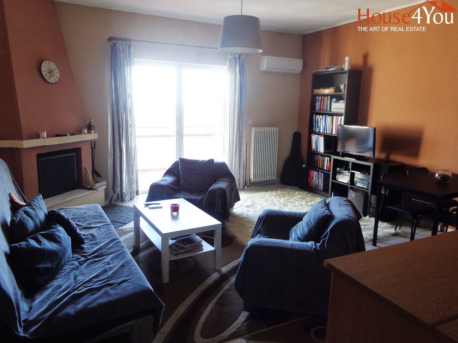 For sale apartment 56sqm. 4th floor in 1992 in the center of Ioannina in Bizaniou Street.