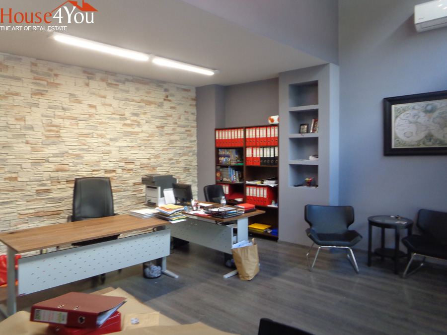 A professional space of 90sqm for sale fully renovated in the Center of Ioannina near Stadium