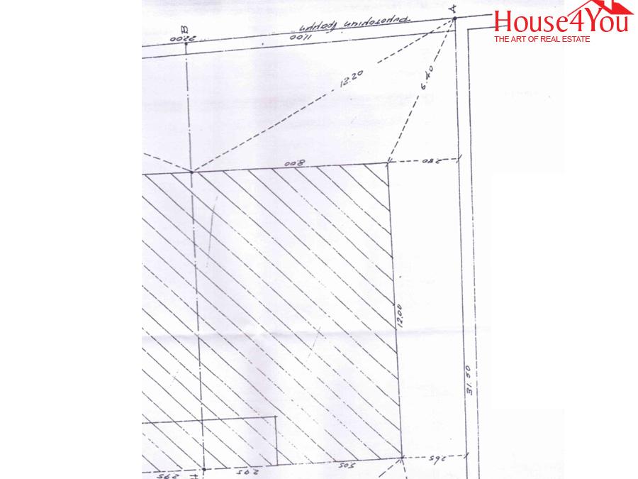 Πωλείται οικόπεδο 348 τμ. επι της Λ. Δωδώνης στο κέντρο των Ιωαννίνων με πρόσωπο 11 μέτρα στην Δωδώνης