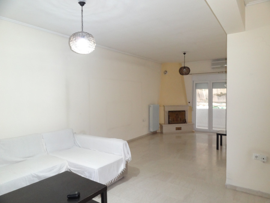 For rent a 2 bedrooms apartment of 82 sq.m. 4th floor near the center of Ioannina