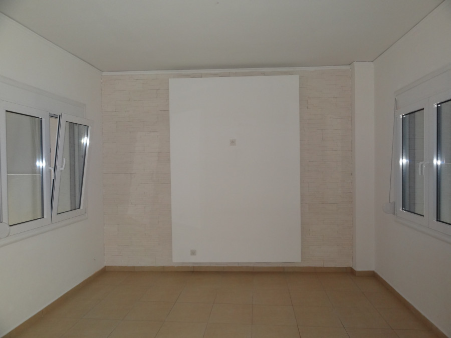 Rent a professional space of 120 sq.m. 1st floor in a central location in Ioannina
