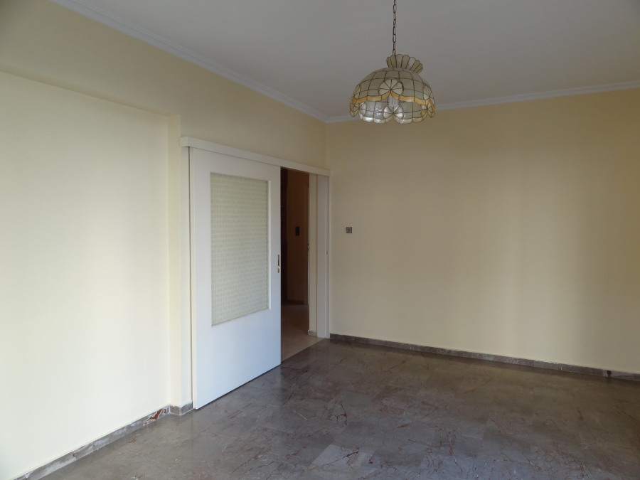 For rent 2 bedrooms apartment of 92 sq.m. 2nd floor very close to the center of Ioannina near Dodoni Avenue