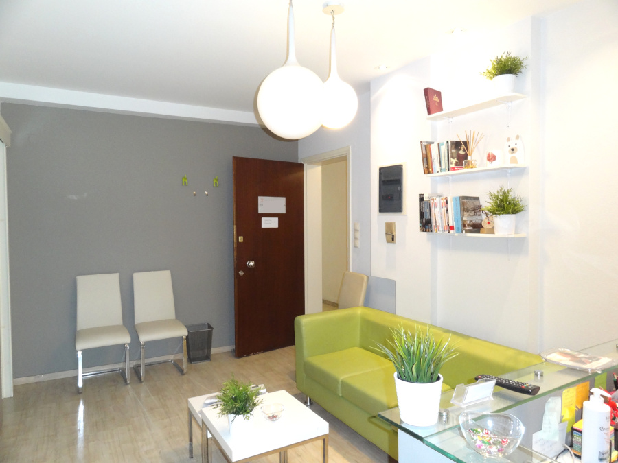 Commercial space office for rent 59 sq.m. 2nd floor near 28th of October Street in Ioannina