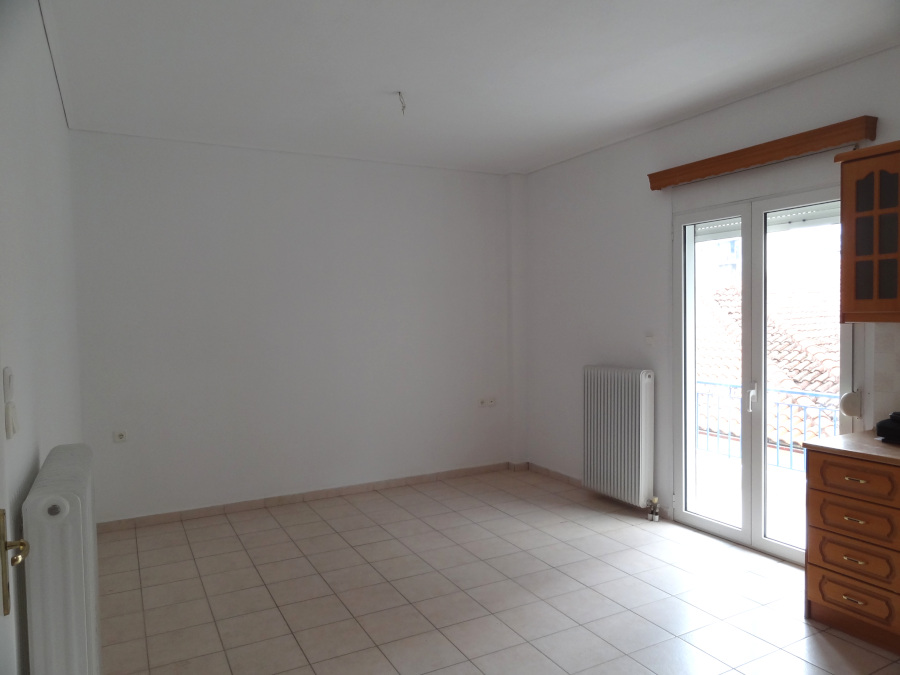 For rent 2 bedrooms apartment of 70 sq.m. 1st floor in Alsos in Ioannina near the center