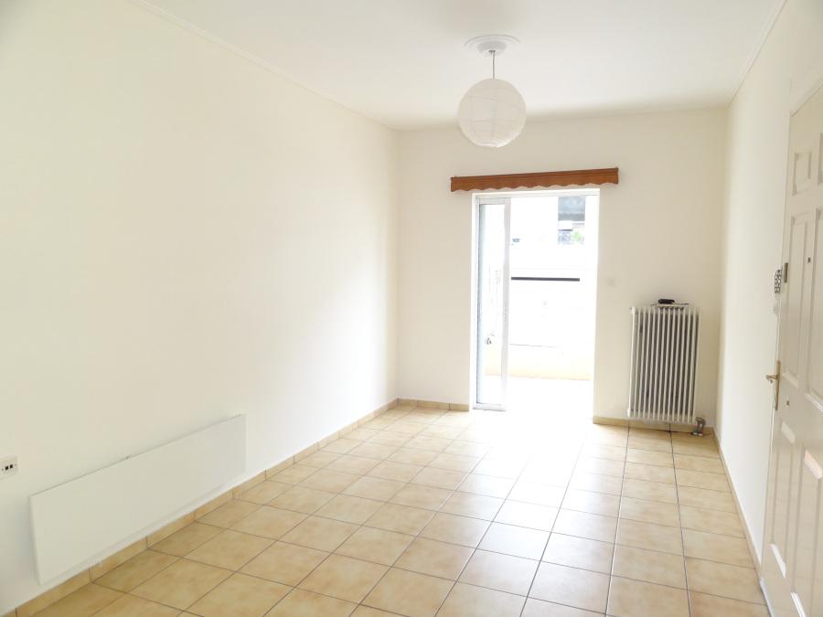 For rent 2 bedrooms apartment of 60 sq.m. 1st floor in the area of Seismoplikta in Ioannina