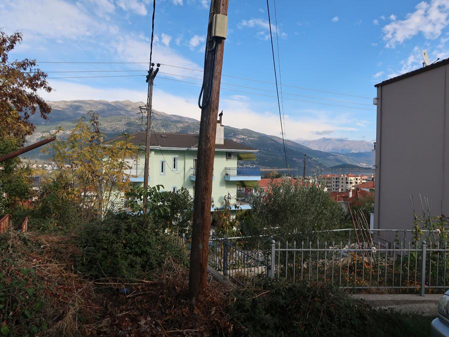 Πωλείται διαιρετό κατά χρήση οικόπεδο 240τμ. με Σ.Δ. 0.5 στους Αμπελόκηπους Ιωαννίνων