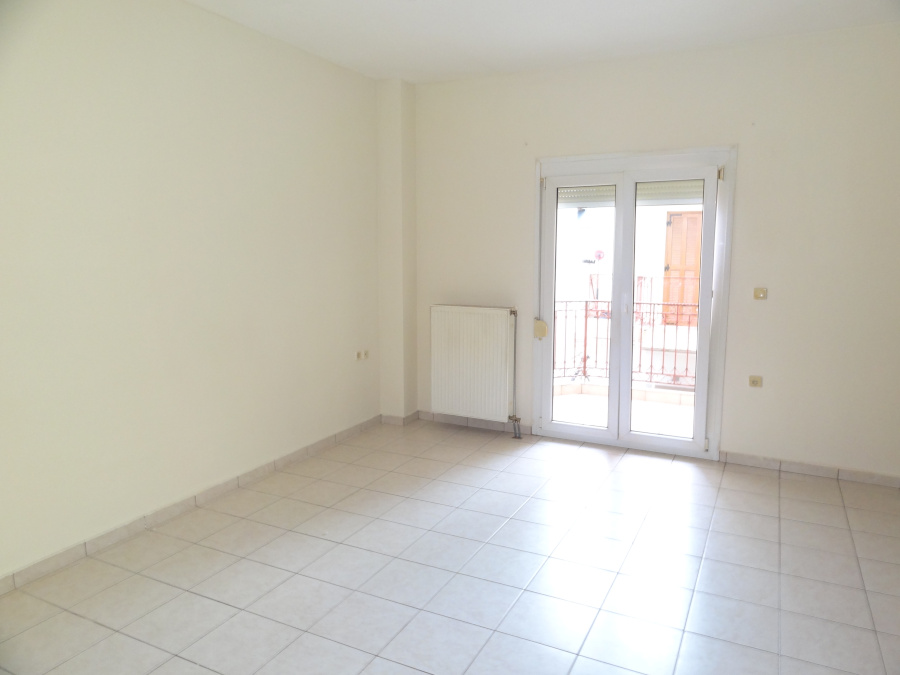 For rent 1 bedroom bright apartment of 55 sq.m. 1st floor in Ampelokipi in Ioannina