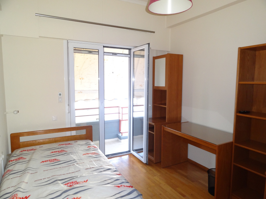 For rent furnished two-room studio of 30 sq.m. 3rd floor near the Zosimaia school in Ioannina