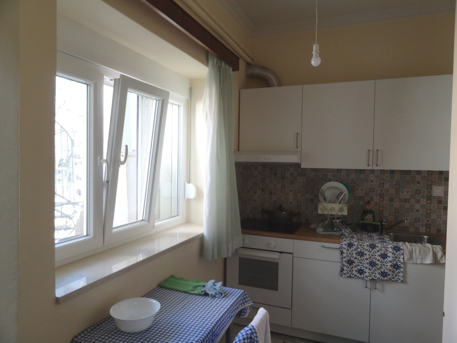 For rent furnished studio of 35 sq.m. ground floor very close to the bus station in Ioannina