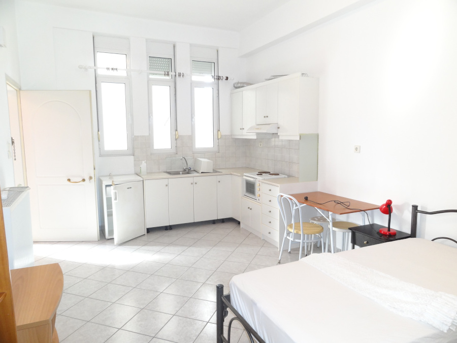 For rent furnished studio of 30 sq.m. elevated ground floor in Pedini, Ioannina