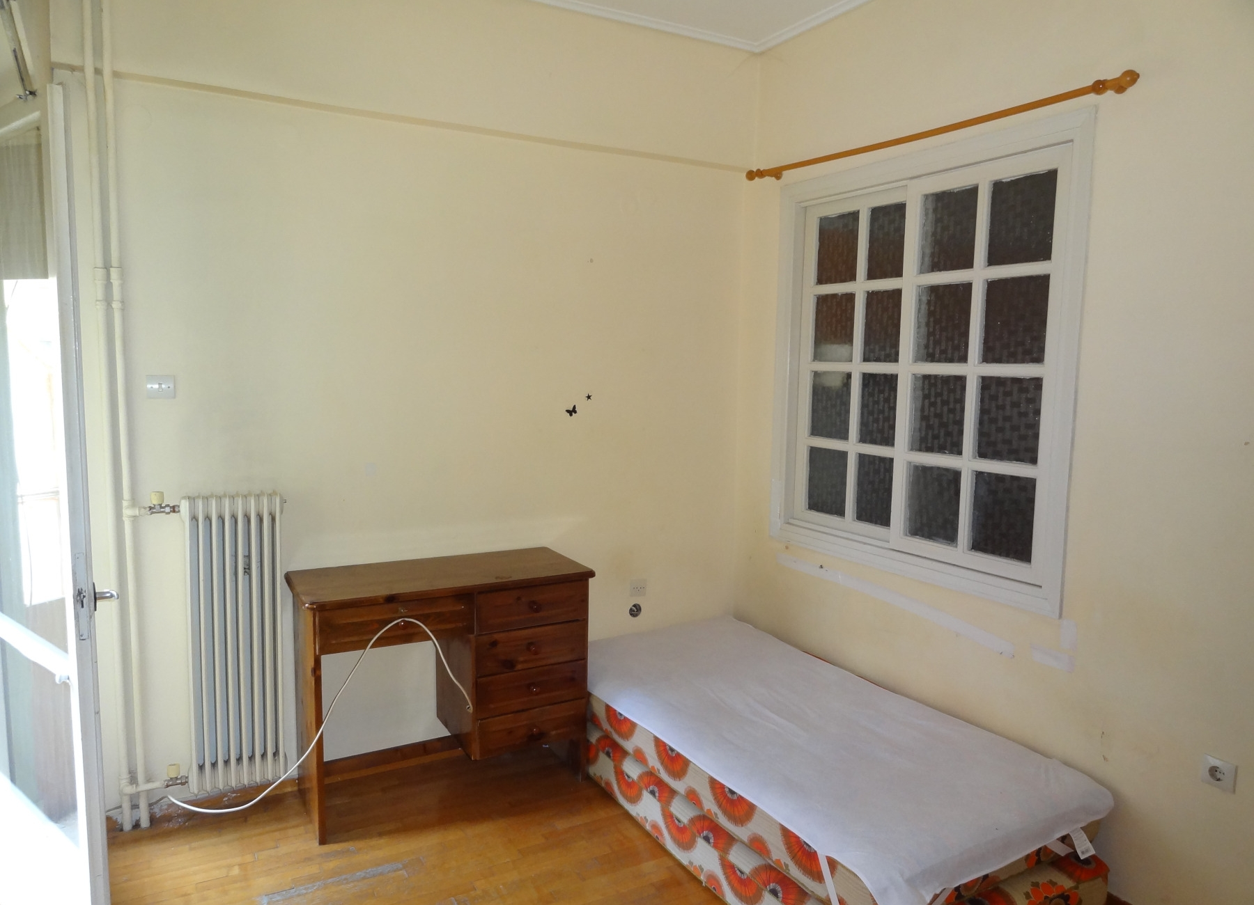 For rent two-rooms studio of 25 sq.m. 3rd floor in the area of the stadium near the center of Ioannina