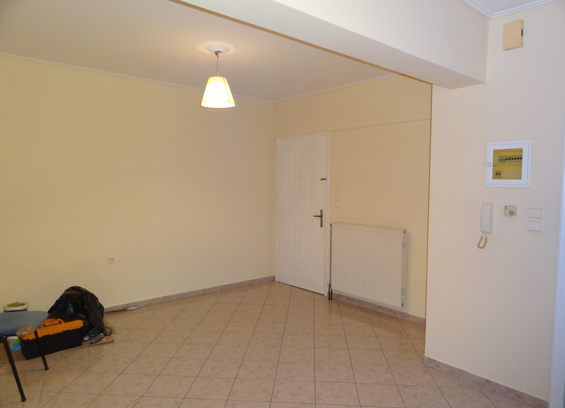 For rent 1 bedroom bright apartment of 55 sq.m. 1st floor in the mosque in Kaloutsiani in Ioannina