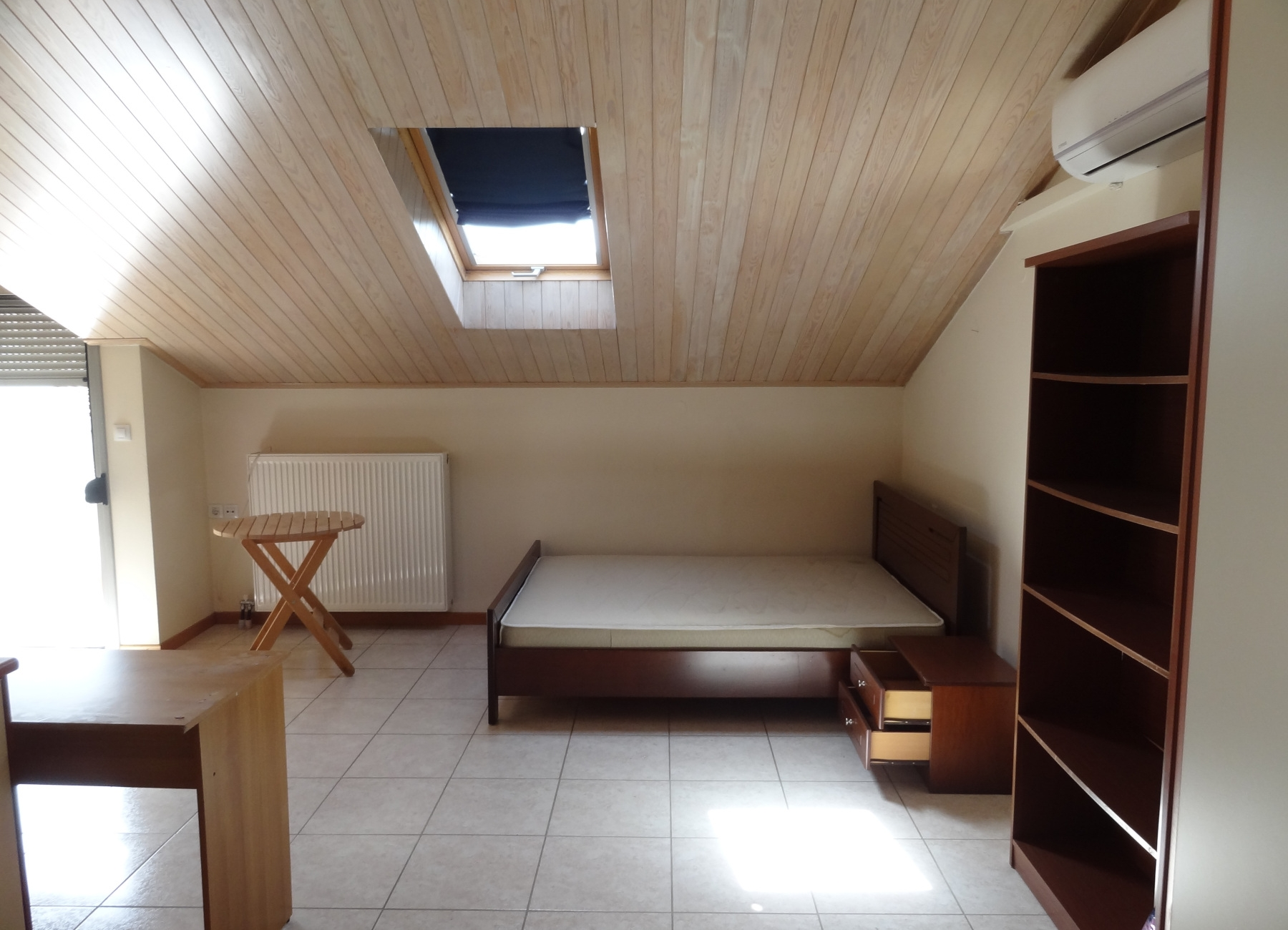 For rent furnished studio of 35 sq.m. 2nd floor attic in the Seismoplikta of Ioannina near the church of Agios Pavlos