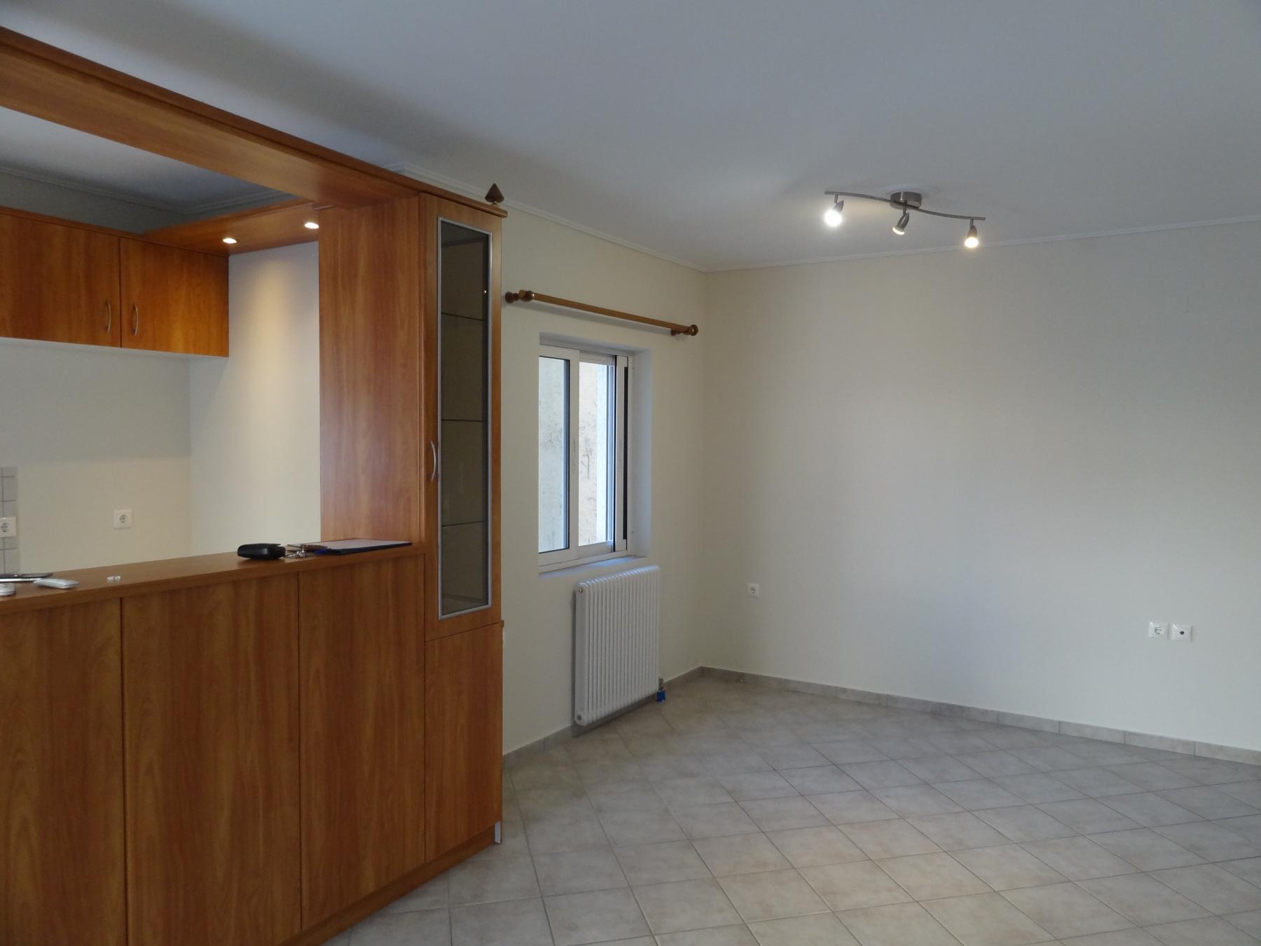Ενοικιάζεται 3αρι φωτεινό διαμέρισμα 70 τ.μ. 3ου ορόφου κοντά στο κέντρο των Ιωαννίνων