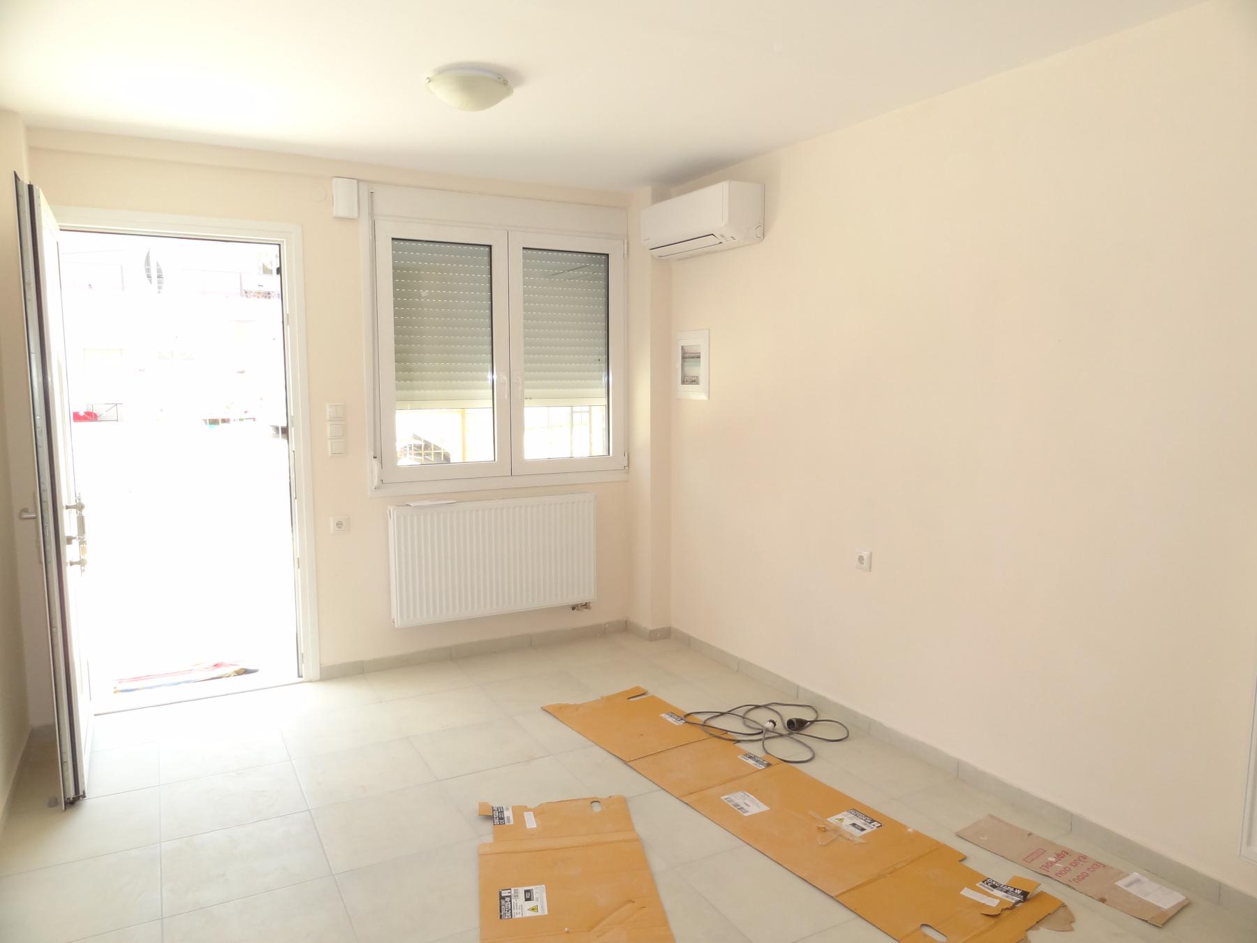 Ενοικιάζεται νεόδμητο 2αρι διαμέρισμα σε στυλ μεζονέτας 52 τ.μ. στην Εξοχή Ιωαννίνων πλησίον της λεωφόρου Γράμμου