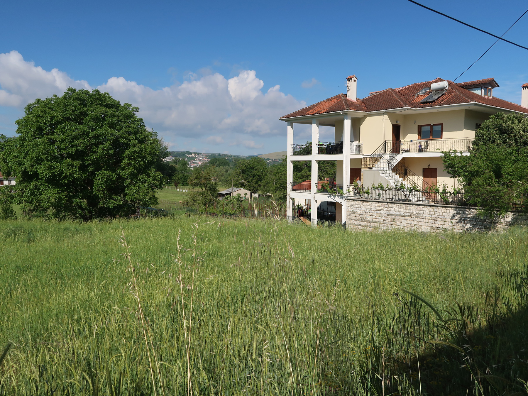 For sale a plot of 525 sq.m. with SD. 0.8 and face 16 meters in Perama Ioannina