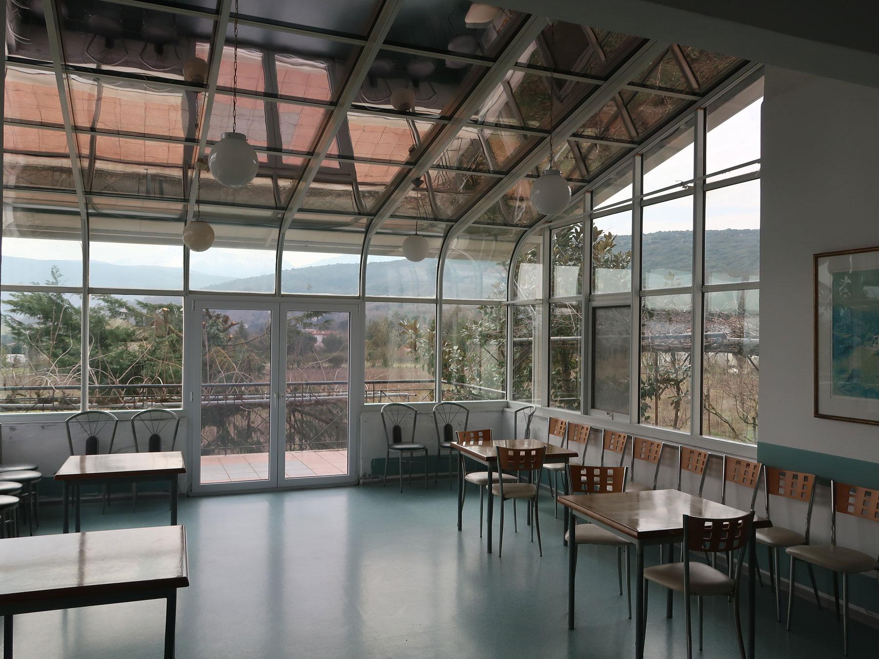 Πωλείται επαγγελματικό κτίριο 1300 τμ. σε έκταση 6 στρεμμάτων σε ήσυχη τοποθεσία στα Γιάννενα