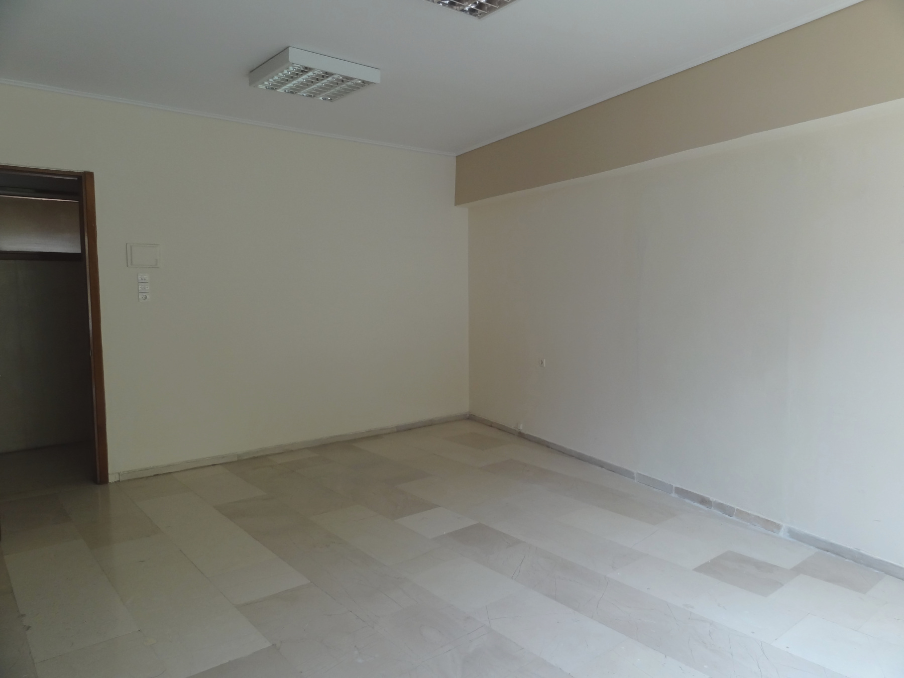 Commercial space for rent, office, 38 sq.m. 1st floor in the center of Ioannina near the courthouse