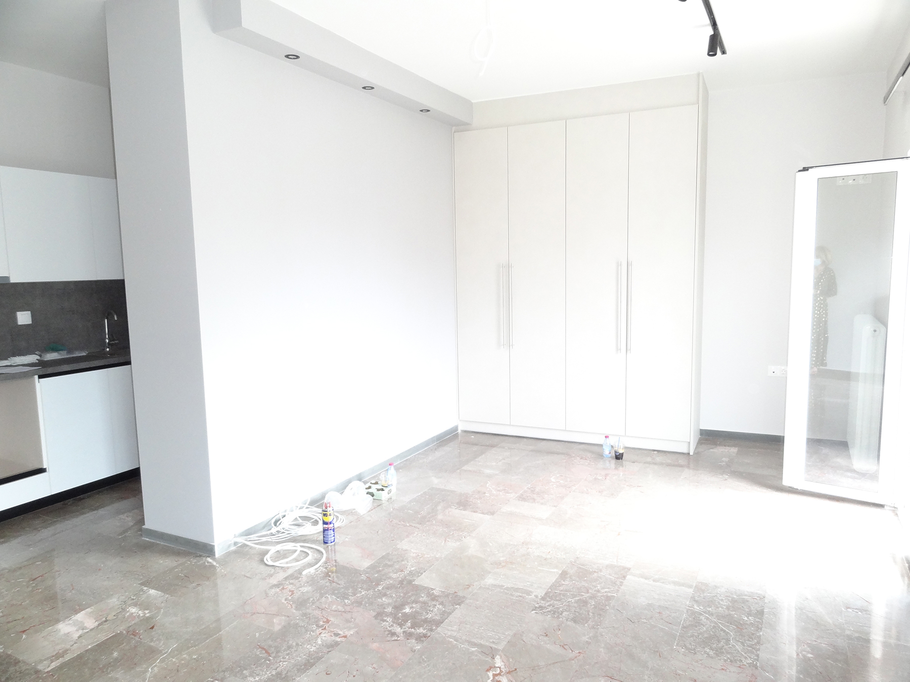 For rent fully renovated studio of 45 sq.m. in Pargis square in the center of Ioannina