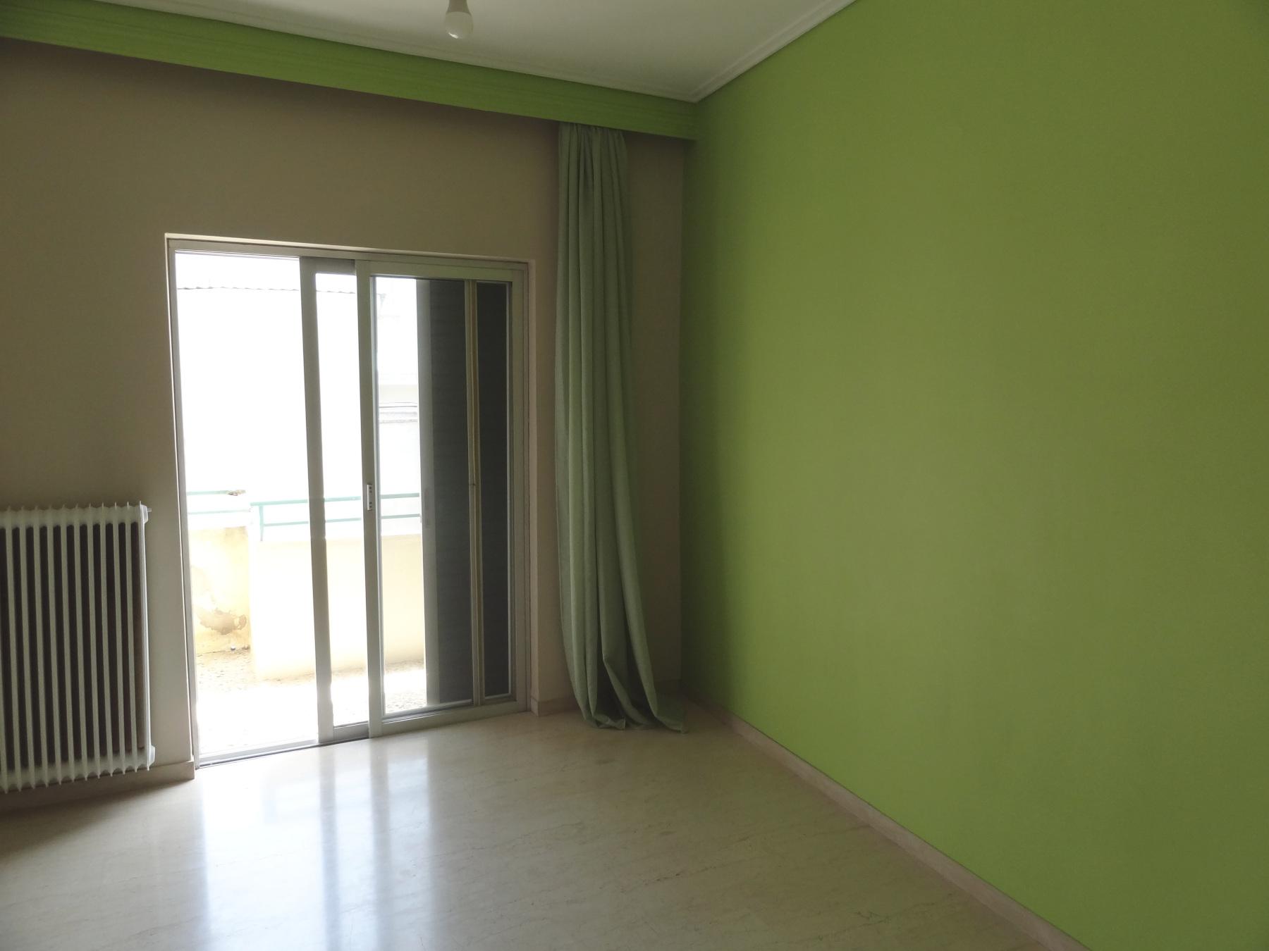 For rent comfortable 1 bedroom apartment of 55 sq.m. 1st floor near Pargis square in Ioannina.