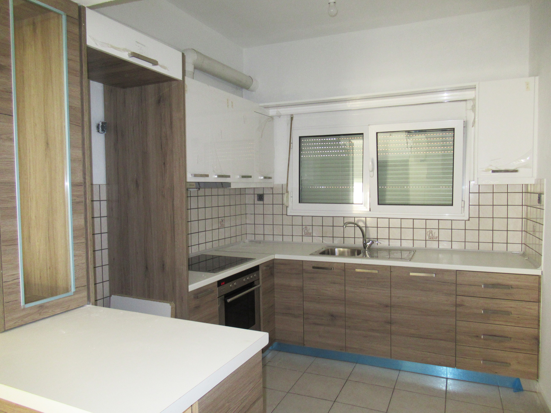 For rent renovated two bedroom apartment of 65 sq.m. on the 1st floor nearby Mosque area in Ioannina