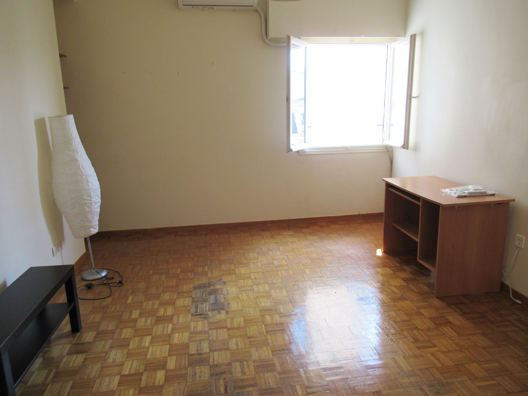 For rent 1 bedroom apartment of 60 sq.m. on the 2nd floor in the center of Ioannina