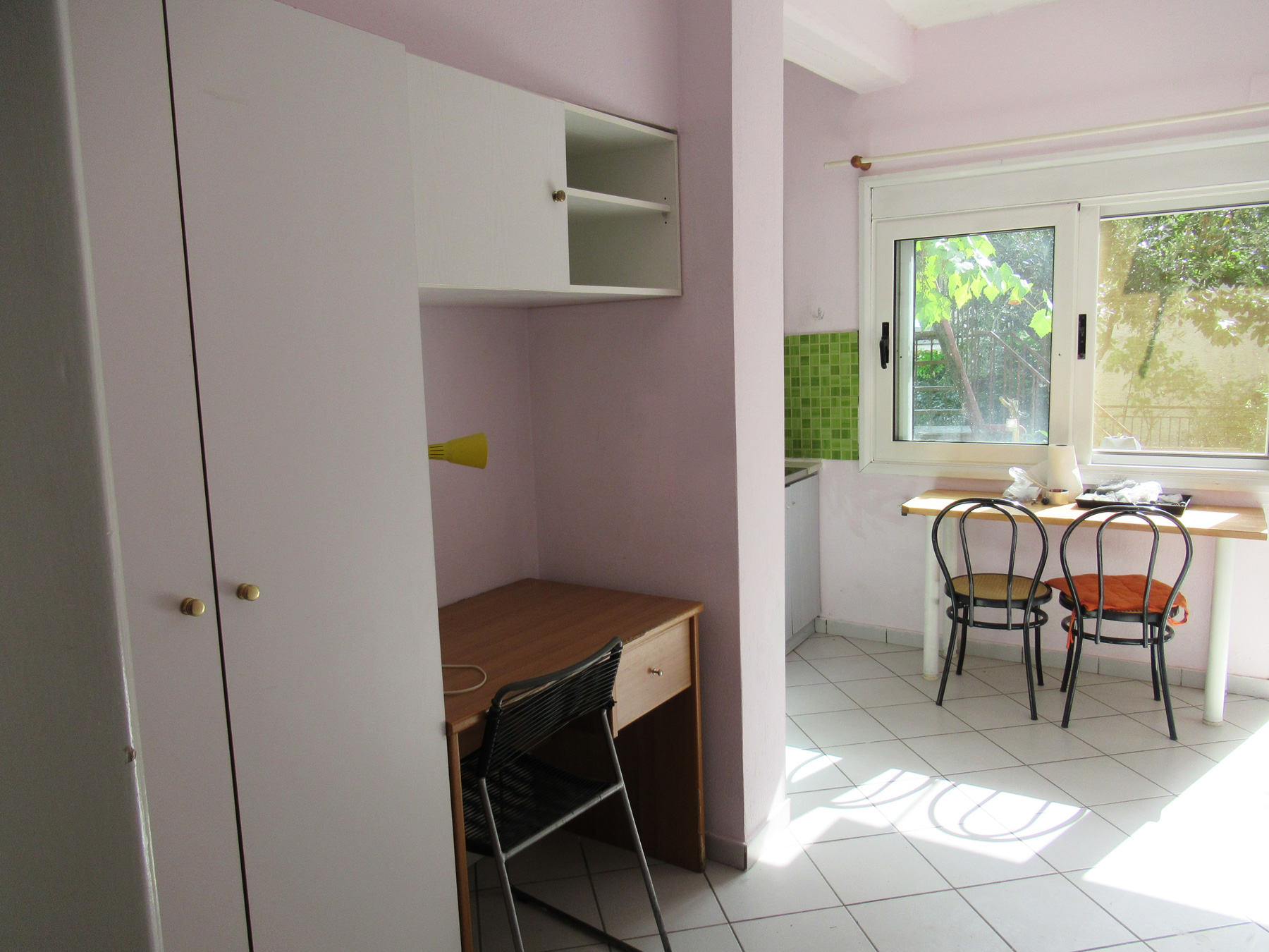 For rent furnished ground floor studio of 33 sq.m. in the center of Ioannina