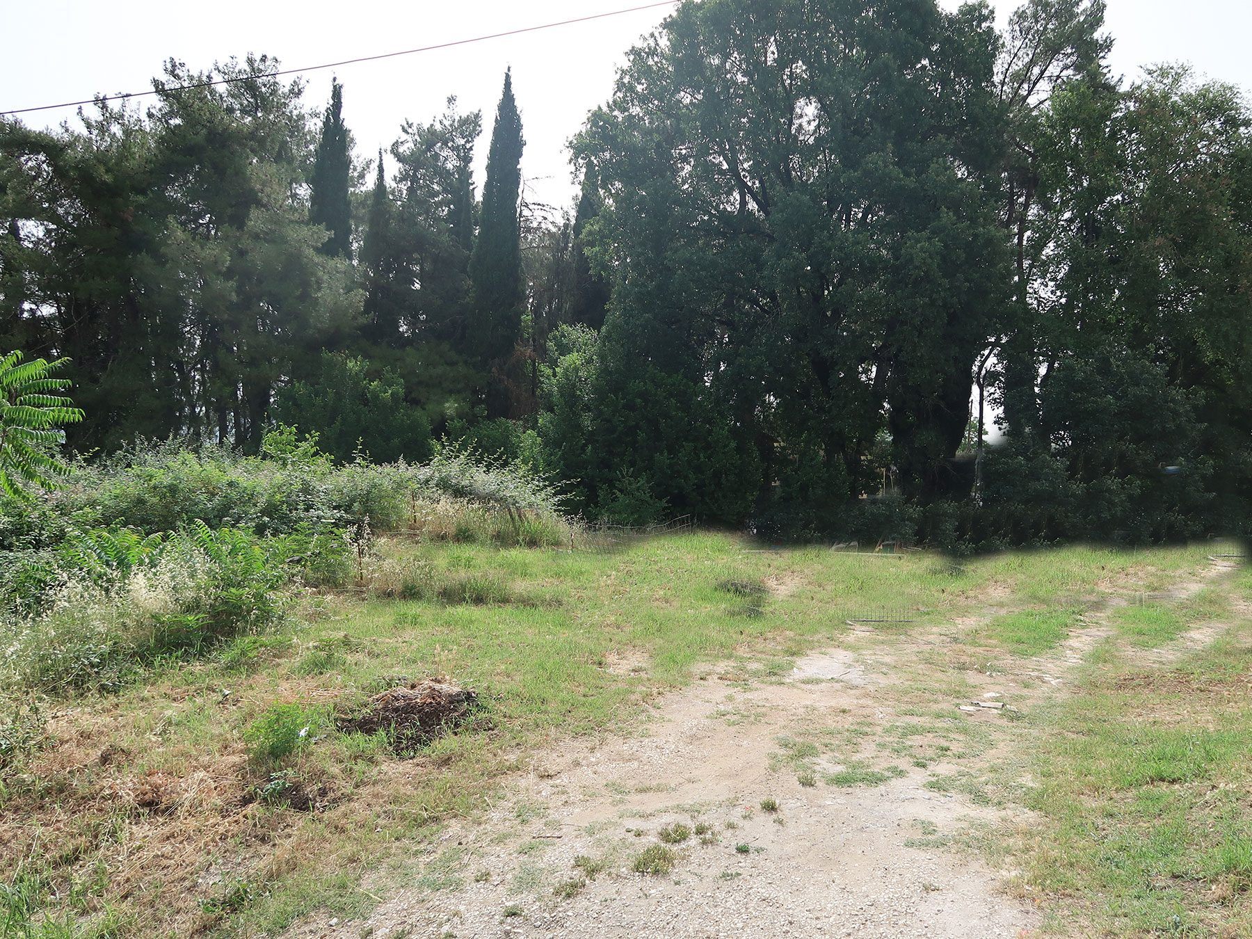 For sale a plot of 750 sq.m. with SD. 0.5 overlooking the lake in Katsika, Ioannina