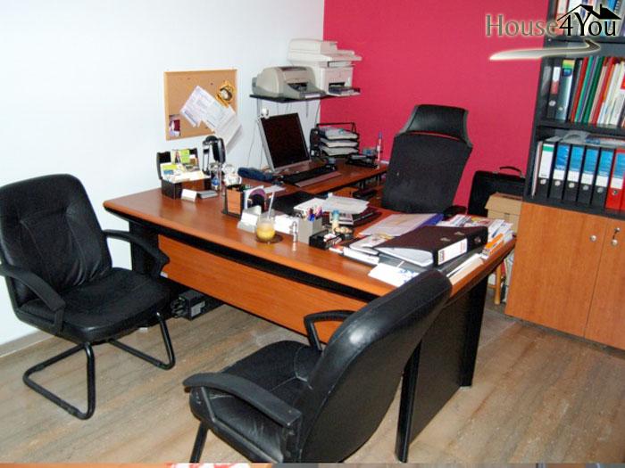 Ενοικιάζεται γραφείο 33 τ.μ. στο κέντρο της πόλης των Ιωαννίνων κοντά στην Πλατεία Πάργης