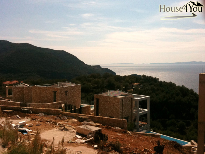 A parcel of 4,000 sqm is for sale in Agia Paraskevi in Syvota