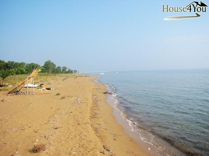 Πωλείται μοναδικό οικόπεδο δίπλα στην παραλία στη Λευκίμμη περιοχή Μελίκια στην Κέρκυρα