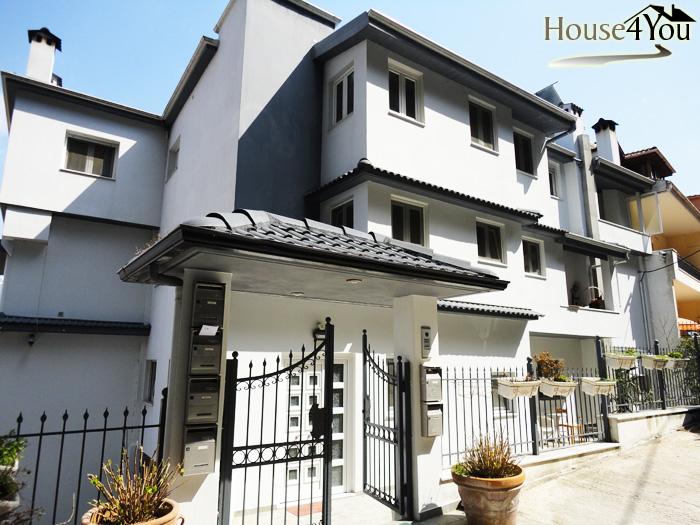 Πωλείται πολυκατοικία 1000τμ με πολυτελείας διαμερίσματα στα Γιάννενα