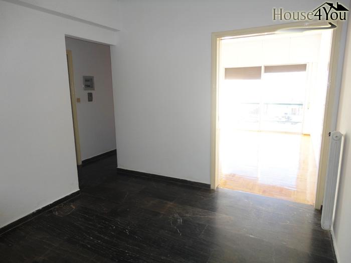 Πωλείται Δυάρι διαμέρισμα 67.5 τμ. 2ου ορ. στην οδό Δωδώνης στα Γιάννενα