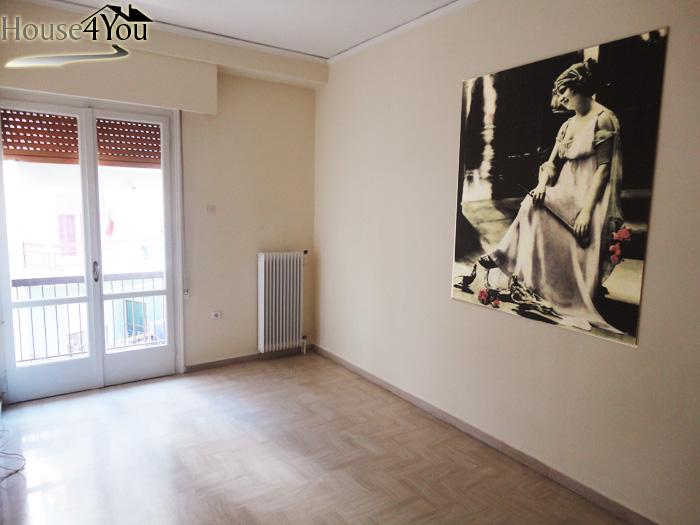 Πωλείται 3αρι διαμέρισμα 78τμ. 1ου ορόφου στην 28ης Οκτωβρίου στα Γιάννενα