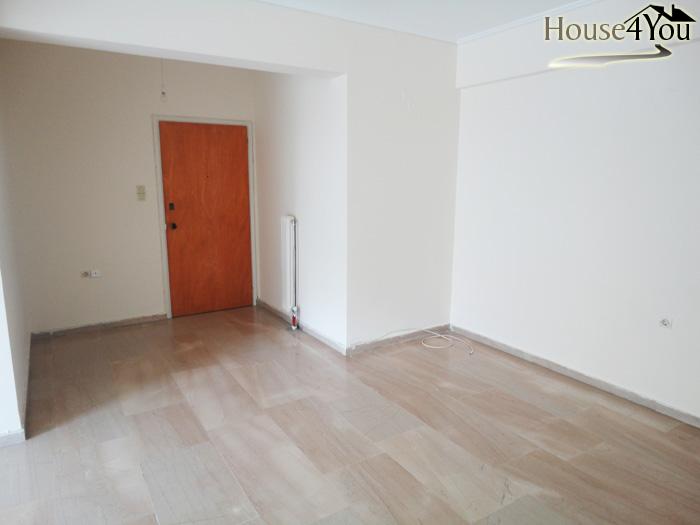 Πωλείται διαμέρισμα τριάρι 79τμ. 1ου ορόφου κοντά στο Άλσος στα Γιάννενα