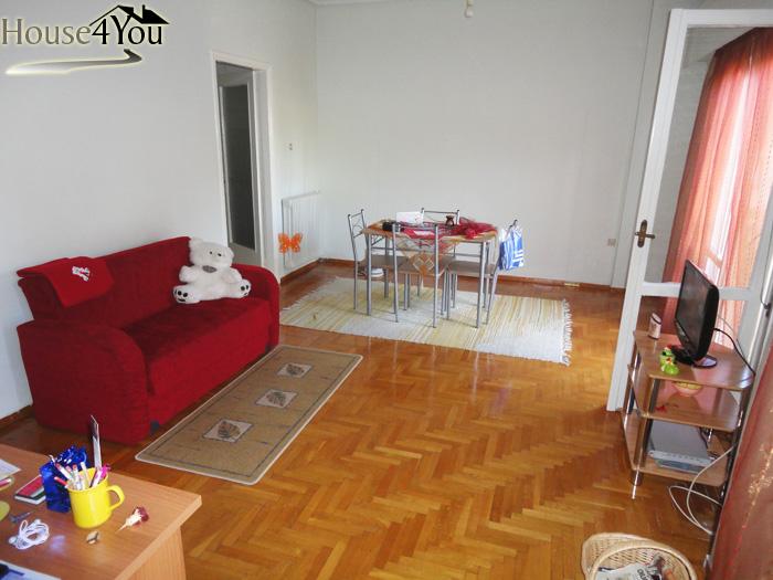 Πωλείται 3αρι διαμέρισμα 99τμ. 2ου ορόφου με πρόσοψη στην Δωδώνης στο κέντρο των Ιωαννίνων