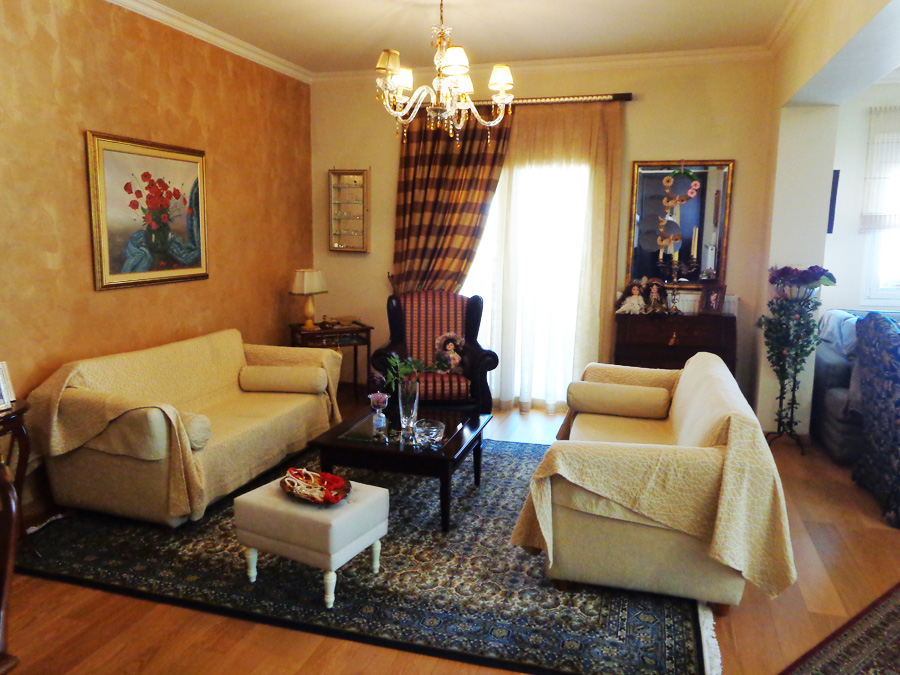 For sale 3 bedroom apartment 120sqm fully renovated 2nd floor at Ampelokipoi Ioannina