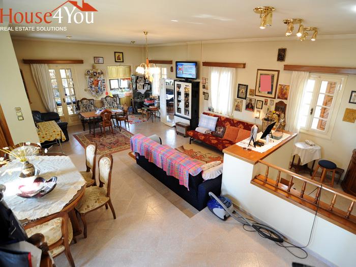 Πωλείται μονοκατοικία πολυτελείας 340τμ. σε οικόπεδο 640τμ. στο Πέραμα Ιωαννίνων