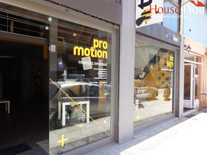 For sale a commercial shop of 103sqm. fully renovated in Vilaras 40 in Ioannina
