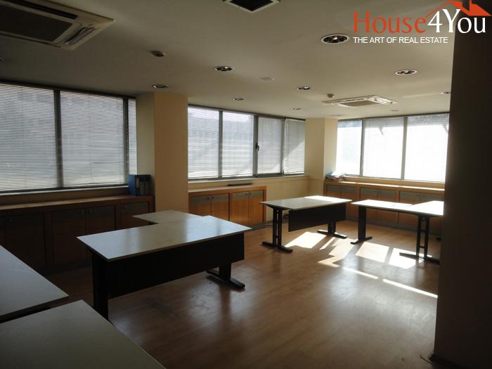 Ενοικιάζεται γραφείο 118 τμ. στην Αβέρωφ στο κέντρο των Ιωαννίνων