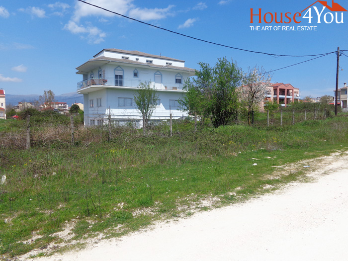 Πωλείται οικόπεδο 1146τμ. με ΣΔ. 0.6 μόλις 100 μέτρα απο την Ε.Ο. Ιωαννίνων Αθηνών στο 4ο χιλιόμετρο.