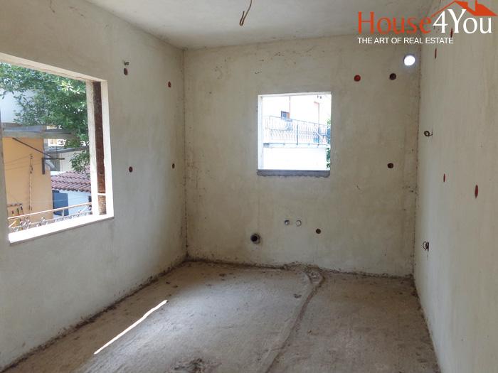 Πωλείται ημιτελές δυάρι διαμέρισμα 40τμ. 1ου ορόφου στους Αμπελόκηπους Ιωαννίνων