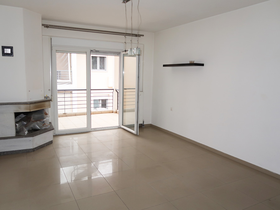 For sale maisonette style apartment of 142sqm. built in 2008 with parking in Matsika area in Molos, Ioannina