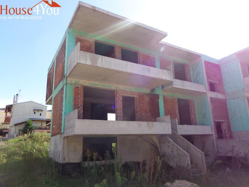 Πωλείται ημιτελής μεζονέτα 105τμ. κατασκευής 2012 σε οικόπεδο 230τμ. στα Καρδαμίτσια Ιωαννίνων
