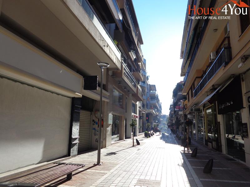 Πωλείται επαγγελματικός χώρος κατάστημα συνολικών 73 τμ. στην Γρηγορίου Σακκά στο κέντρο των Ιωαννίνων