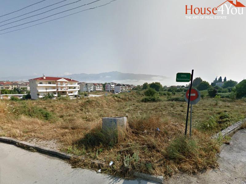 Πωλείται γωνιακό οικόπεδο 4.008 τμ. με ΣΔ. 0.6 στο Γιαννιώτικο Σαλόνι δίπλα στο δάσος