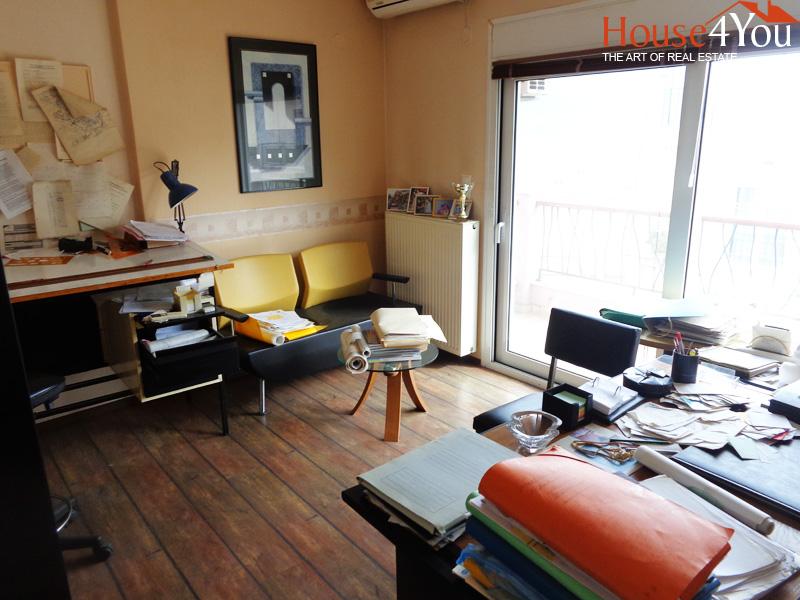 Πωλείται 3αρι διαμέρισμα του 2006 72τμ. στυλ μεζονέτας με ωραία θέα την λίμνη στο κέντρο των Ιωαννίνων