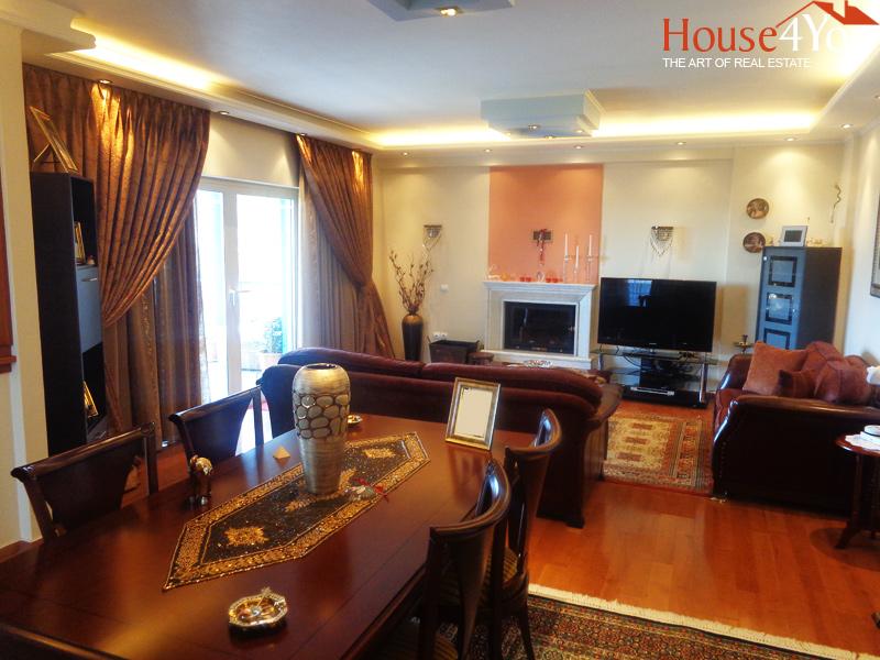 Πωλείται μονοκατοικία 220τμ. του 2003 μαζί με 3αρι διαμέρισμα και γκαρσονιέρα στην Ανθούπολη Ιωαννίνων
